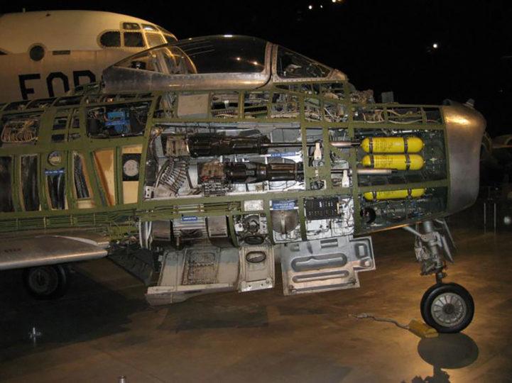 F-86-Display_lrg